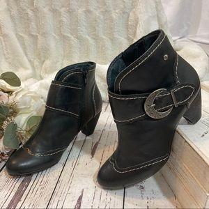 Pinkolinos moto leather ankle booties